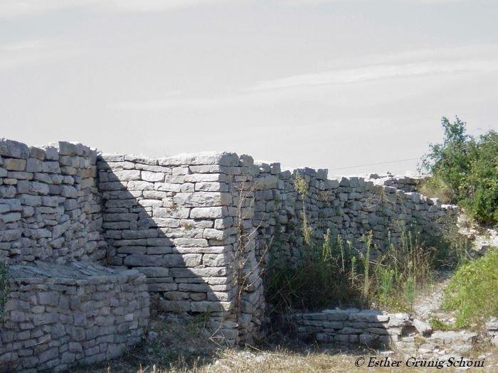 Mauern des Opidum